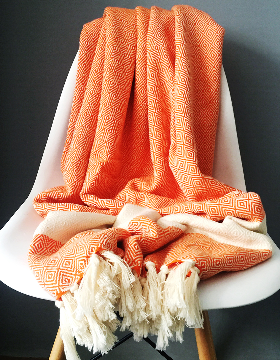 Woven in Turkey from locally-grown wild cotton, Peshtemal diamond -weave Damla blankets and towels