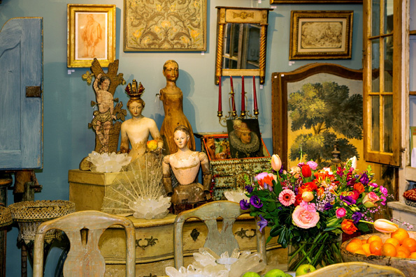 Antiques from dealers Bie Baert & Odette Welvaars