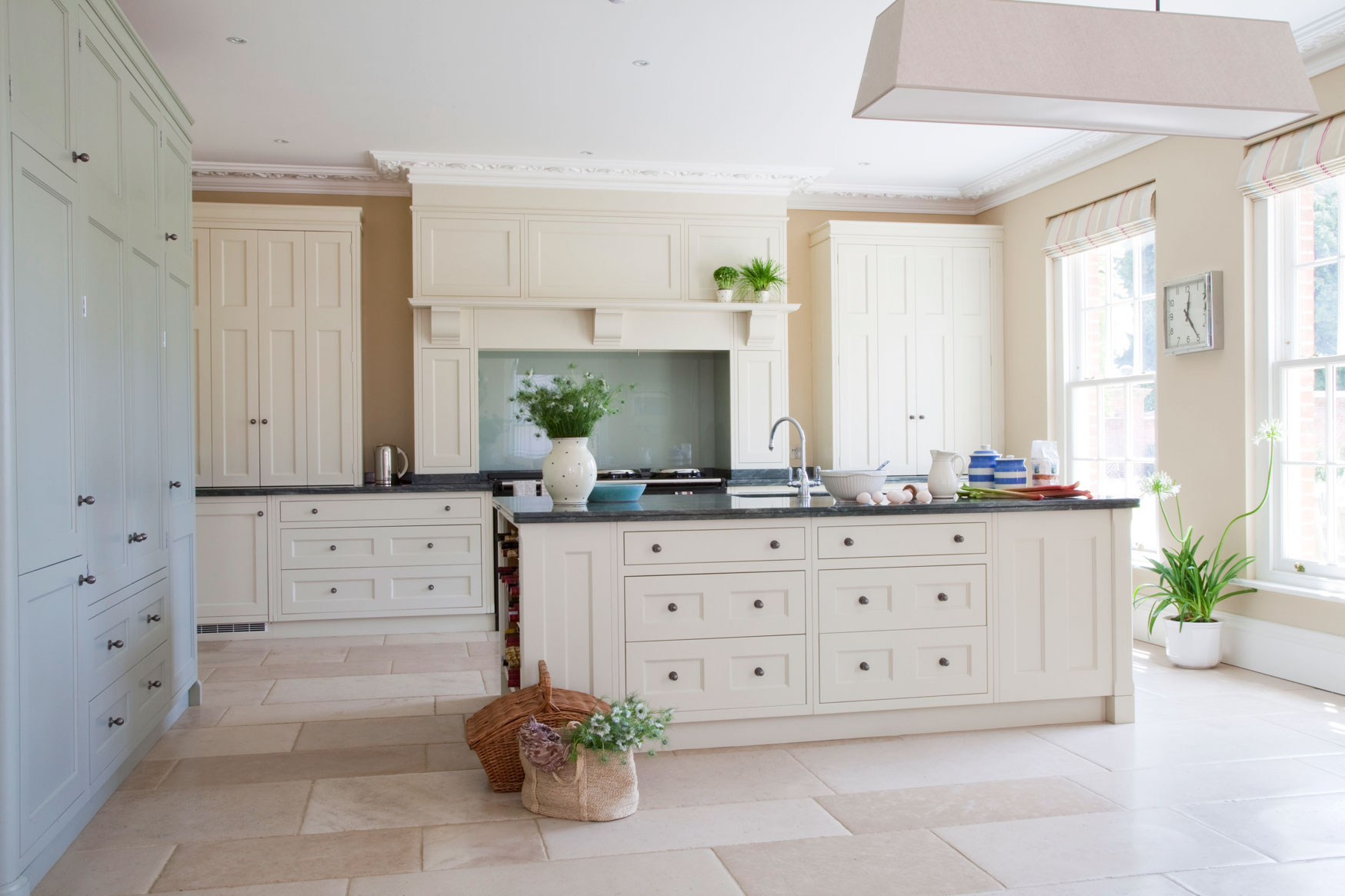 Woodstock Kitchens offers painted wood kitchens