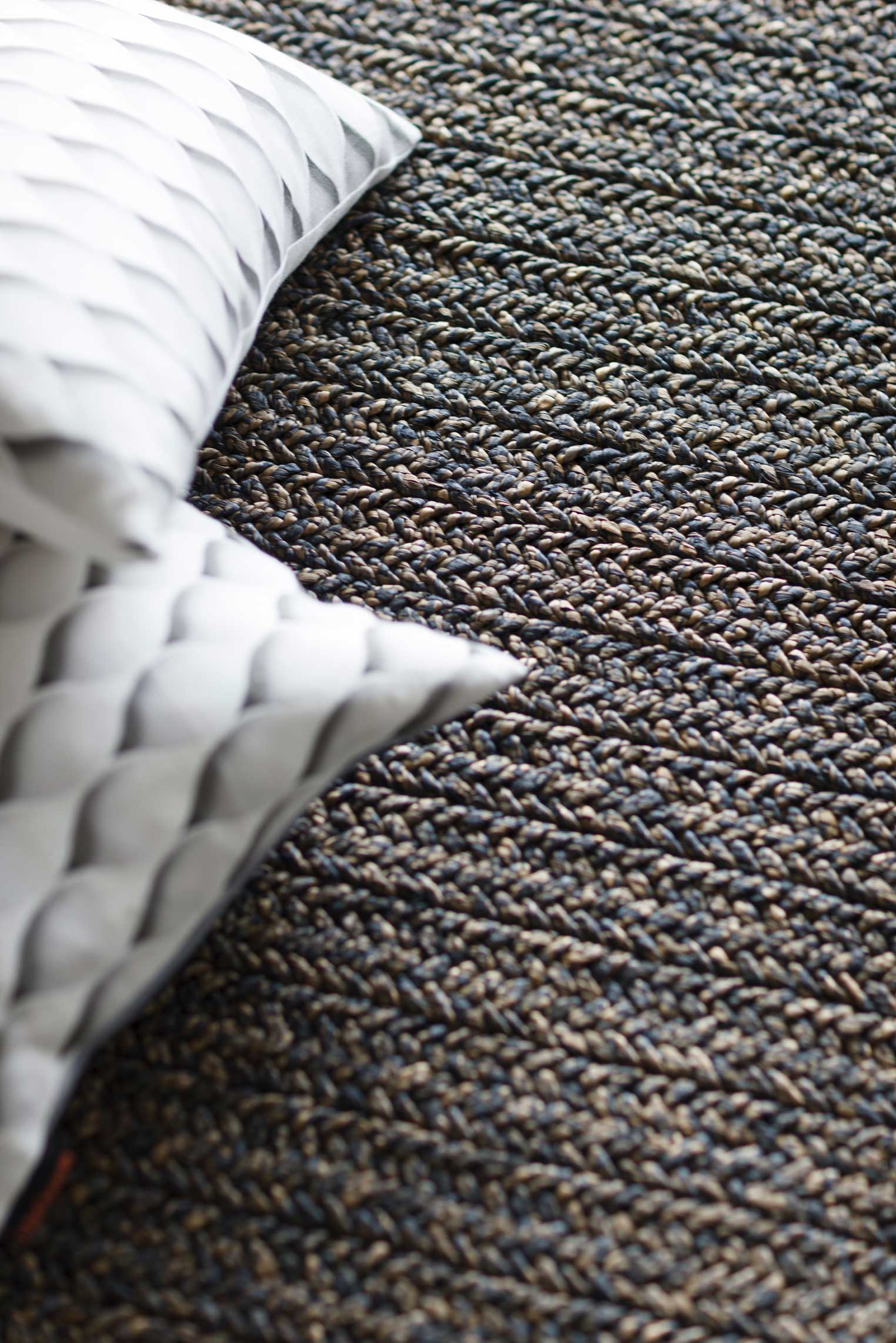 Water hyacinth can be woven into flooring