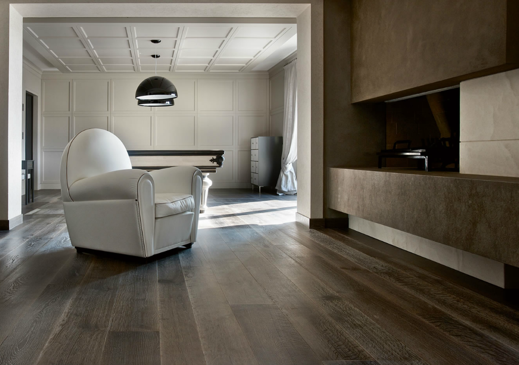 Darker stains and finishes can be warm and impactful. www.element7.co.uk
