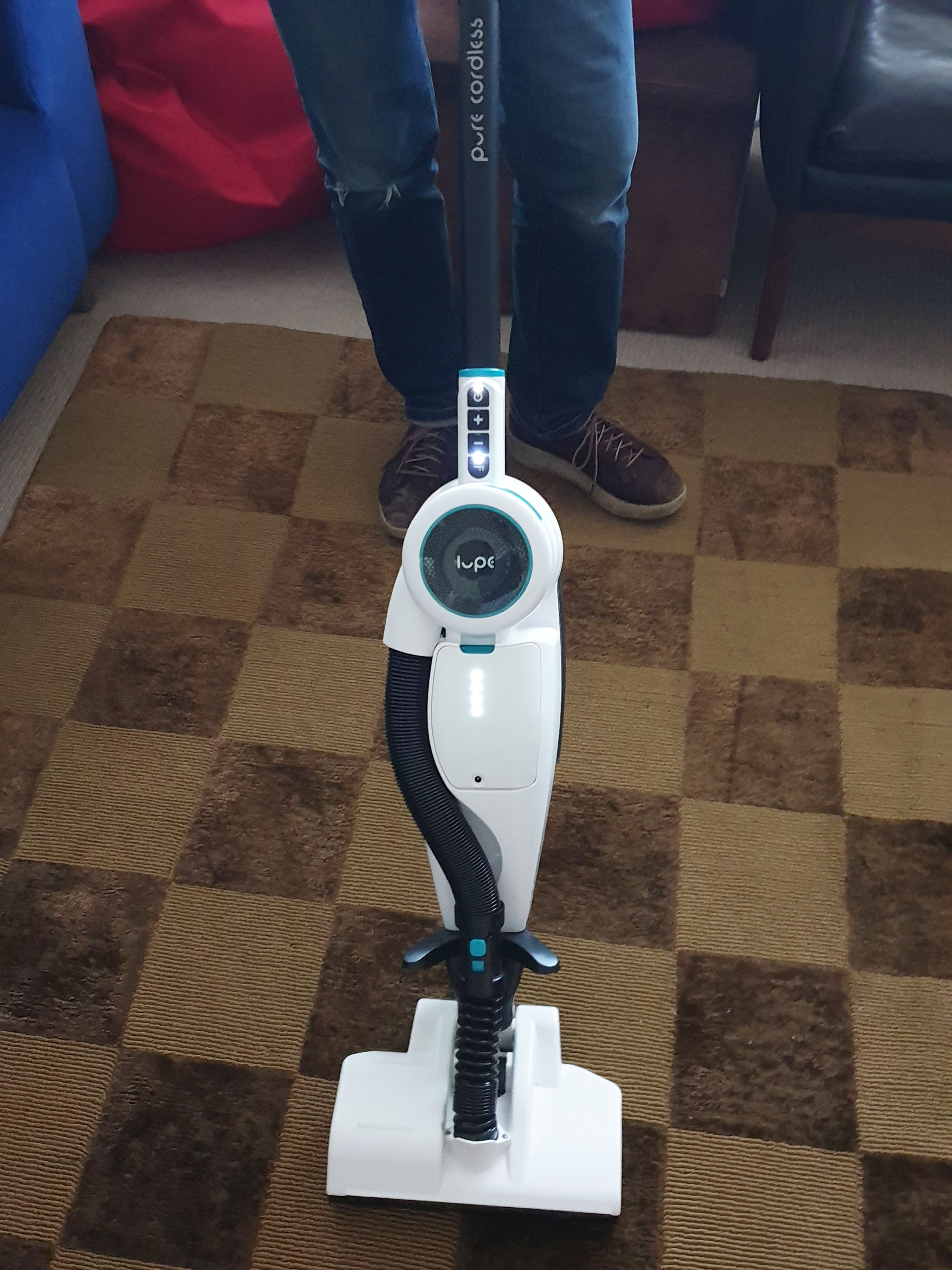 Makes floor vacuuming very quick and easy
