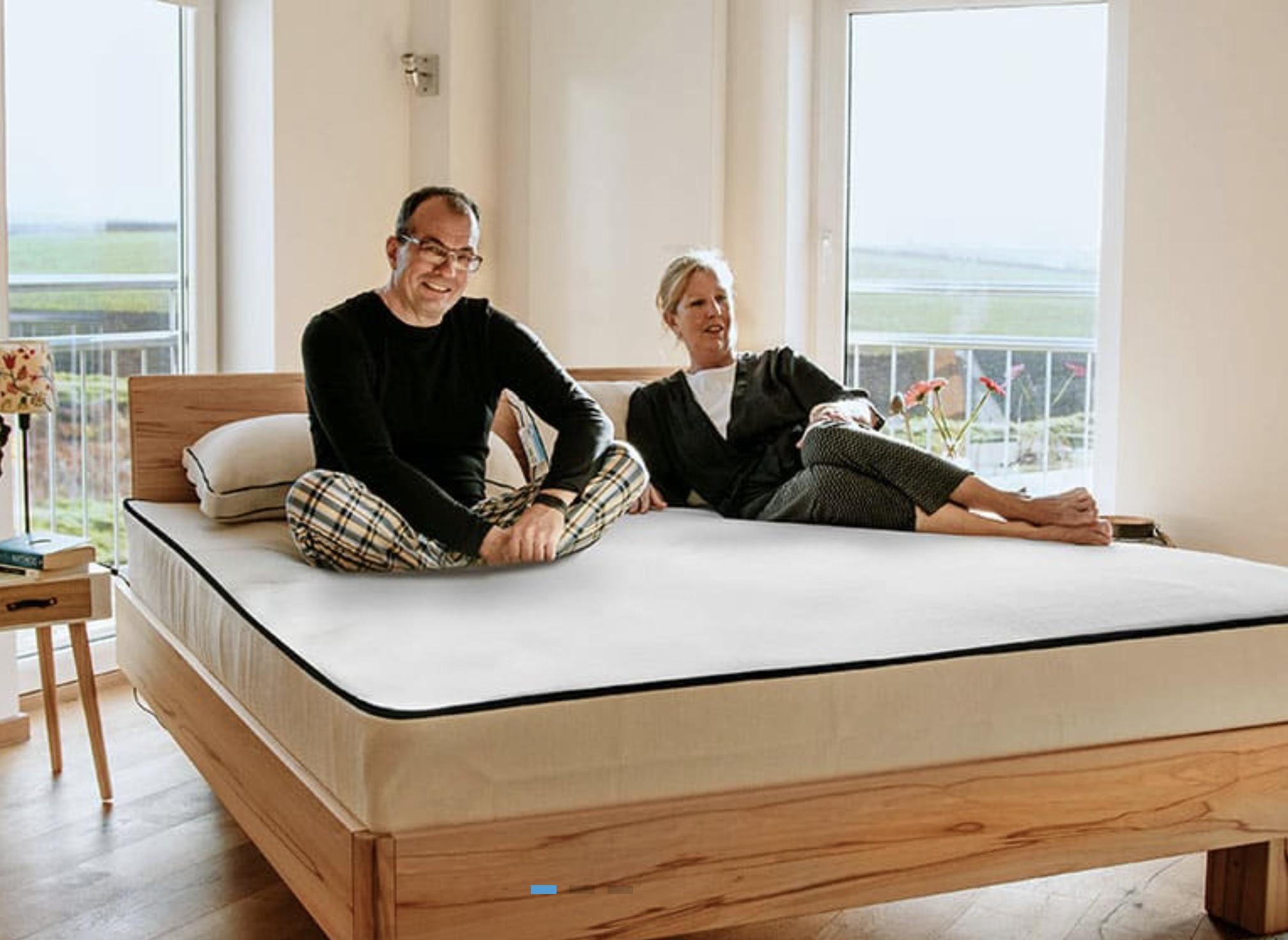 Una Mattress offers organic latex mattresses free of FR chemicals