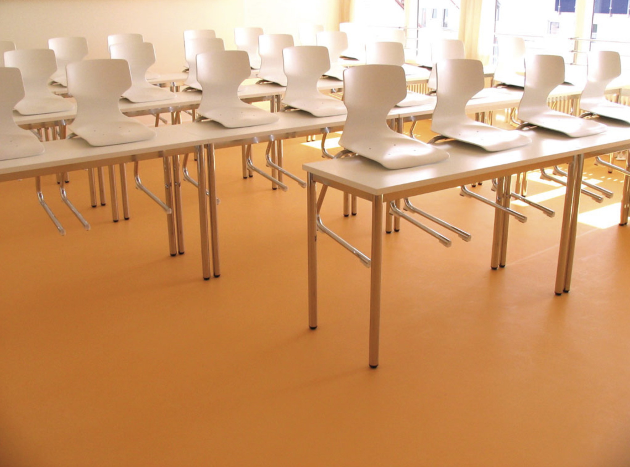 Dalsouple rubber tiles are ideal for home and contract interiors