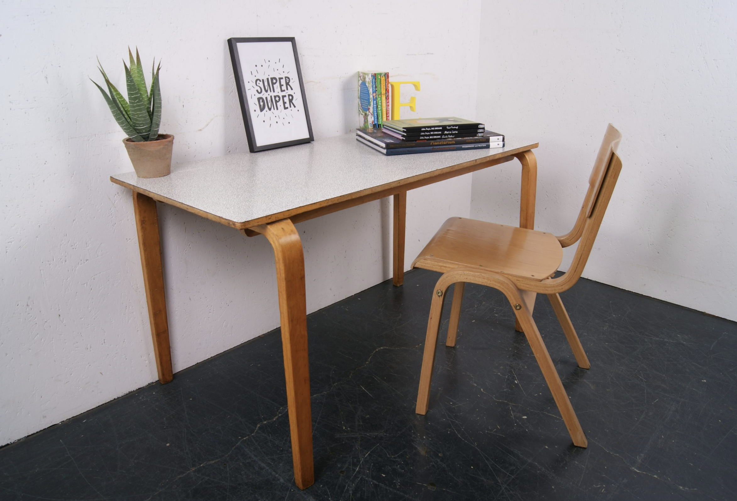 Vintage finds for kids from Blue Ticking (.co.uk). Esavian desk with Formica top