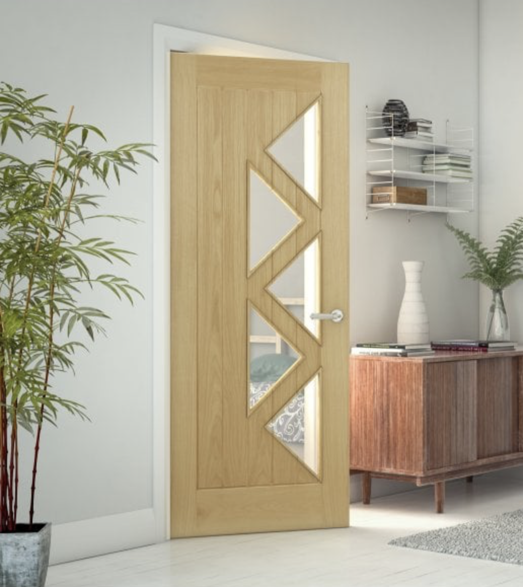Deanta's ELY5L Glazed Prefinished Oak Internal Doors