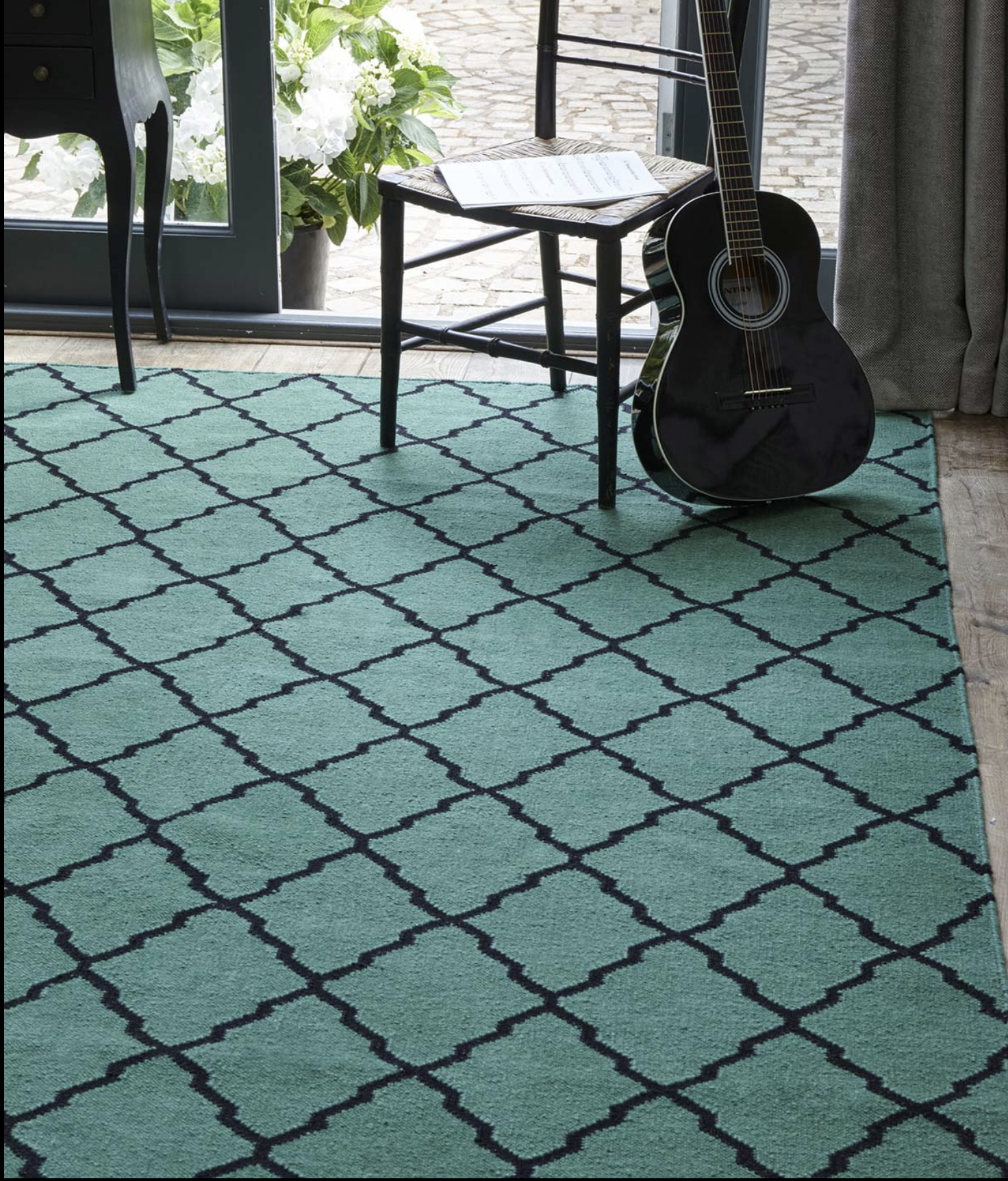 London based Jennifer Manners' flatweave rugs are more affordable than hand knotted rugs. Fez rug