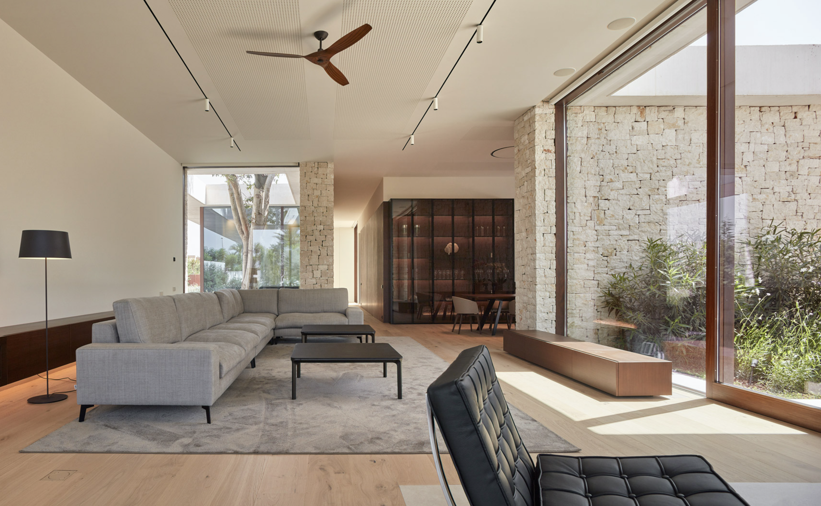 Esteve is a master of minimalist interiors..but imbued with comfort