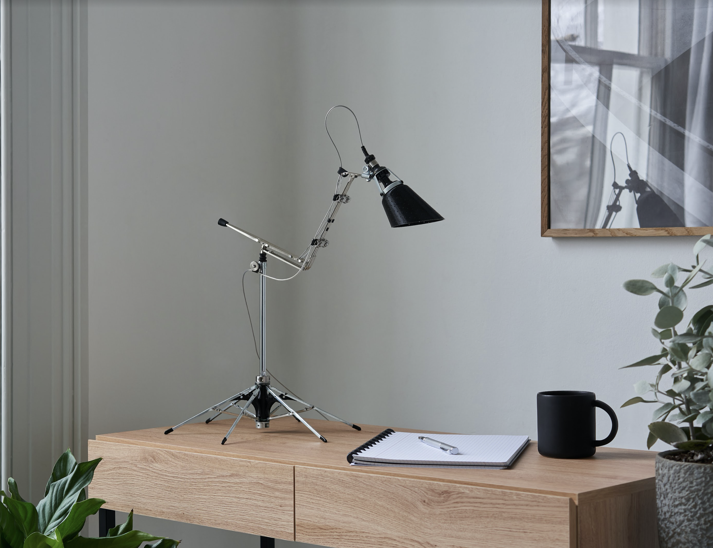 lamp with base from used umbrella mechanism