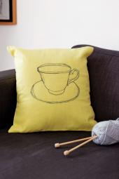 Free machine embroidery cushion