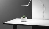 Humanscale's Nova LED task light