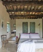 bedroom Follonico