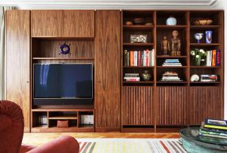 Sealey Furniture is based in Leicestershire and make wood furniture