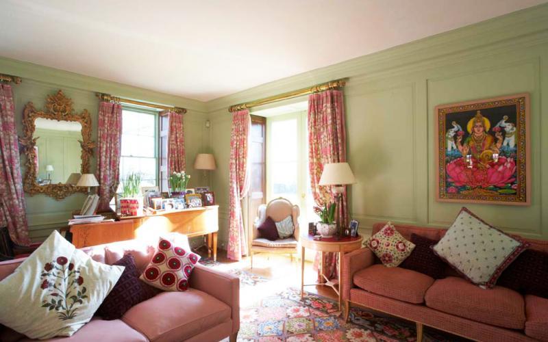 The light-filled main living room
