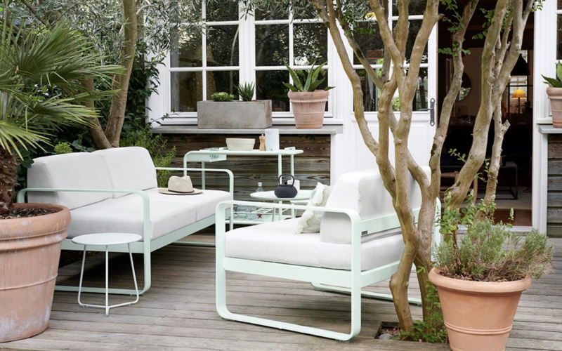 outside seating is a must for the garden