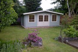 Lillevilla's 125 low garden house is manufactured in Finland by Luoman. www.lillevilla.co.uk, £3,645