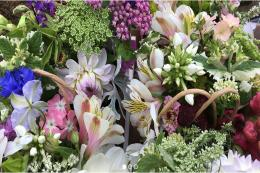 Batch Cottage will send bouquets of its flowers within the UK and it does wedding flowers too