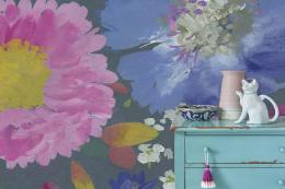 New - Kippen wallpaper in Smoke features large florals