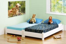 Sleepover bed from Warren Evans. Beds sit on top of each other until they're needed side-by-side. www.warrenevans.com