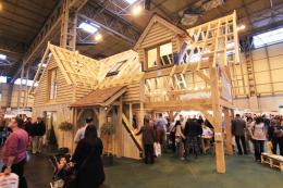 Oak frame houses are becoming a popular way to do a self build