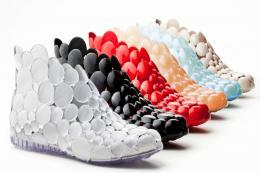 Fontessa Melissa shoes made from recycled PVC, designed by Italian designer Gaetano Pesce, www.gaetanopesce.com