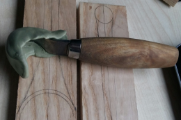 A woodworker made a protective cover for his curved head chisel using FORMcard