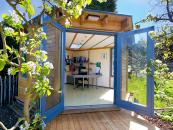 Vivid Green garden offices are made from FSC-certified timber, panels are insulated.