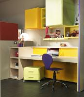 Teenager's office by Italy's Dearkids. www.dearkids.it