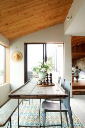 The house uses eco friendly materials such as timber and recyclable steel