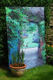 Trompe l'oeil..imagine a secret garden