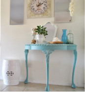 Hall console table painted by Australian blogger littlevalleyhome.com
