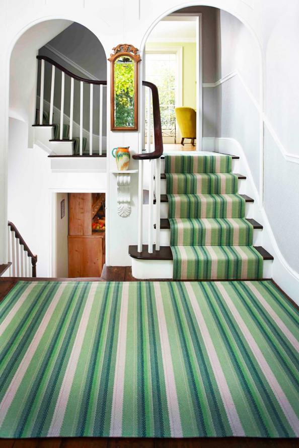 Roger Oates' Isis Leaf 100% wool carpet is made from British Cheviot wool