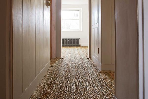 Rush matting doesn't have to be the preserve of the humble cottage.. £260 m2 from Rush Matters